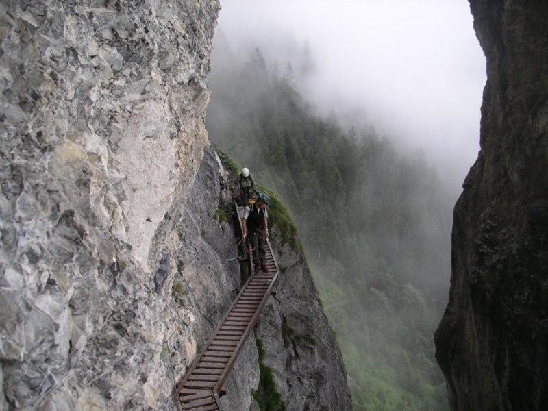 Klettersteig Pinut : Klettersteig pinut flims mit mario thöny